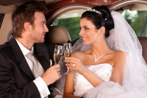 Rent a luxury limo for your Vegas wedding.
